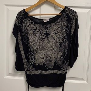 Open Sleeve Flowy Top